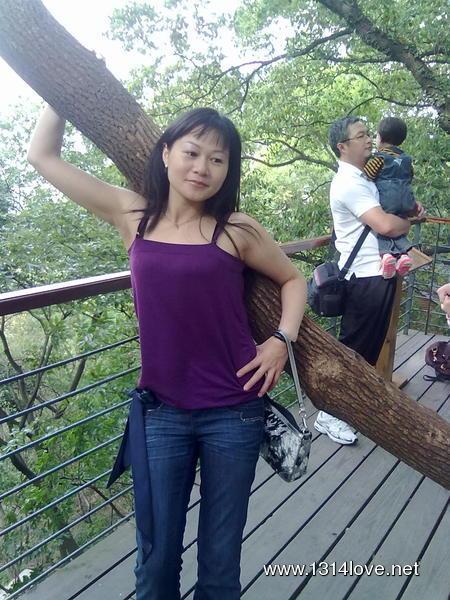 33岁女人照片生活照